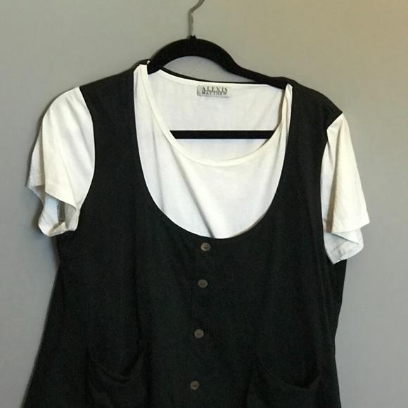 Asymmetric T-shirt W/Attached Black Vest. Size XL